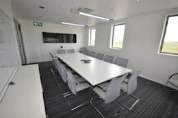 meeting room:  Office buildings by Till Manecke:Architect
