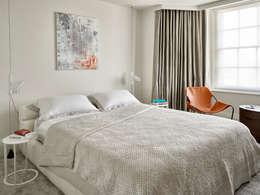 Master Bedroom: modern Bedroom by Morph Interior Ltd