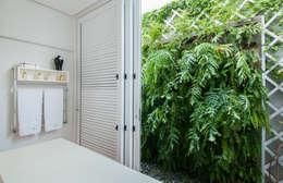 Jardines de estilo moderno por Rafaela Novaes Paisagismo