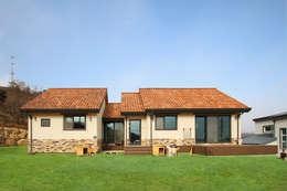 Rumah by 로이하우스