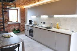 Projekty,  Kuchnia zaprojektowane przez OPERA4architetti