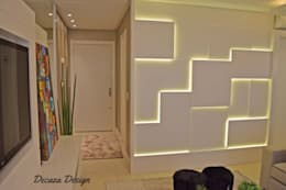 Salas / recibidores de estilo moderno por DecaZa Design