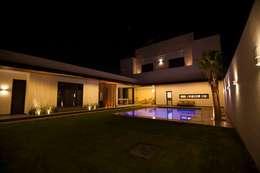 Diseño Fachada trasera: Casas de estilo moderno por Toyka Arquitectura