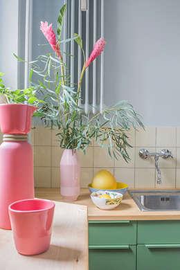 Nhà bếp by Berlin Interior Design