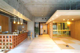 LDK・和室: A.A.TH ああす設計室が手掛けたリビングです。