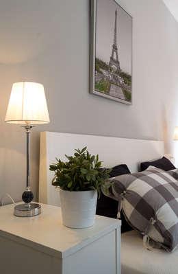 Dormitorios de estilo  por Home & Haus | Home Staging & Fotografía