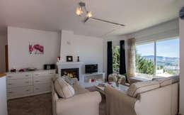 Livings de estilo mediterraneo por Home & Haus   Home Staging & Fotografía