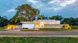 Nhà by David Macias Arquitectura & Urbanismo