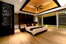 modern Bedroom by Studio K-7 Designs Pvt. Ltd