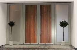 Ventanas de estilo  por Simplicity Timber Solutions Ltd