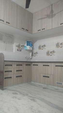 : modern Kitchen by aashita modular kitchen