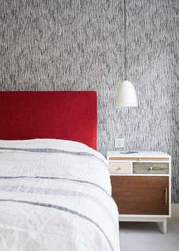 eclectic Bedroom by Jam Space Ltd