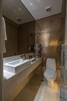Apartamento tipo 153m² - Lavabo : Banheiros modernos por Dekor Design