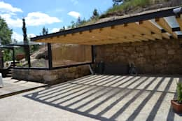 Garajes de estilo rústico por raul sousa cardoso arqt