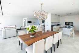 Sala de Jantar: Salas de jantar modernas por Hi-cam Portugal