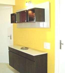 Kitchen (Individual House, Nallagandla): minimalistic Kitchen by Kreative design studio