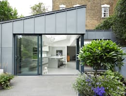 modern Houses by Andrew Mulroy Architects