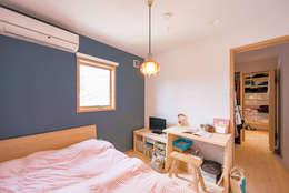 臥室 by HAPTIC HOUSE