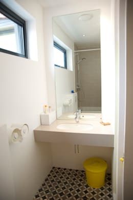 Bathroom: modern Bathroom by A2studio
