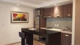 Cocinas de estilo moderno por simon&diseño
