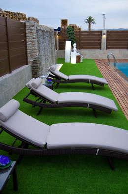 Jardines de estilo moderno por antro