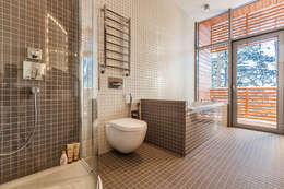 Дом #1: Ванные комнаты в . Автор – DK architects