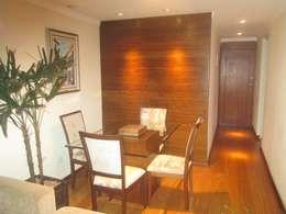 Salas de estilo moderno por Cambury Urbanismo e Arquitetura