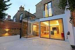 مکانات by APT Renovation Ltd
