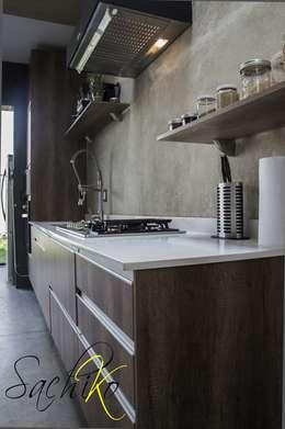 Cocina de estilo  por SACHIKO COCINAS