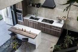 COCINA SOLARES VASANTA 5: Cocina de estilo  por SACHIKO COCINAS