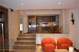 Salas / recibidores de estilo minimalista por OR Arquitectura y Construcción