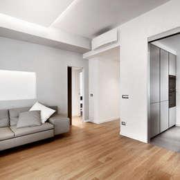 Salones de estilo moderno de Gruppo Castaldi | Roma