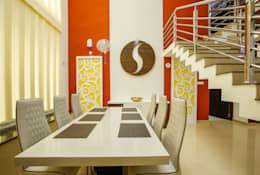 Feel Beauty of Richness..: classic Dining room by Premdas Krishna