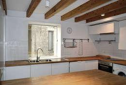 Projekty,  Kuchnia zaprojektowane przez Tiago Tomás Arquitecto