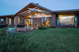 Загородный дом: Дома в . Автор – Архитектурная студия Чадо