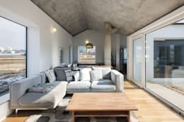 Phòng khách by 에이오에이 아키텍츠 건축사사무소 (aoa architects)