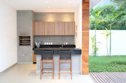 modern Houses by Adriana Leal Interiores