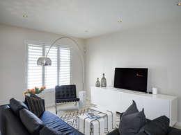 House Morningside: minimalistic Living room by Principia Design
