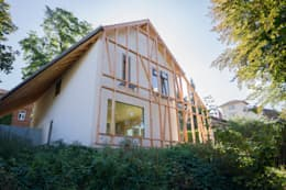 Rumah by Planungsgruppe Korb GmbH Architekten & Ingenieure