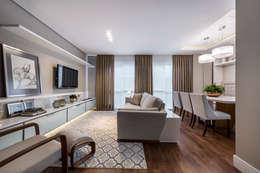 RESIDÊNCIA I O+L: Salas de estar modernas por Treez Arquitetura+Engenharia