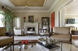 Caribbean Dream - Living Room: classic Living room by Lorna Gross Interior Design