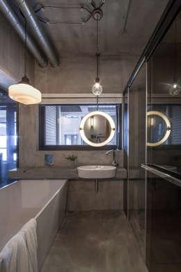 聚場 Stage:  浴室 by 璧川設計有限公司
