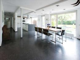 modern Dining room by Gaus & Knödler Architekten