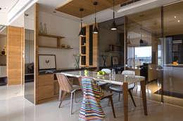 Ruang Makan by 賀澤室內設計 HOZO_interior_design