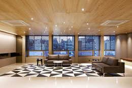 포스트스크립 스튜디오인 CIC(creative image company) 사무실: 바나나피쉬의  거실