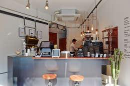 <경성커피>: marcil studio의  상업용 공간