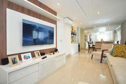classic Living room by Condecorar Arquitetura e Interiores