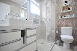 classic Bathroom by Condecorar Arquitetura e Interiores