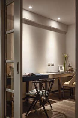曲折 unfold:  書房/辦公室 by 耀昀創意設計有限公司/Alfonso Ideas