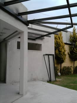Casas de estilo moderno por FORMAS ARQUITECTURA